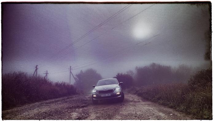 Skoda Rapid II SAKURA 070920 5-2.jpg
